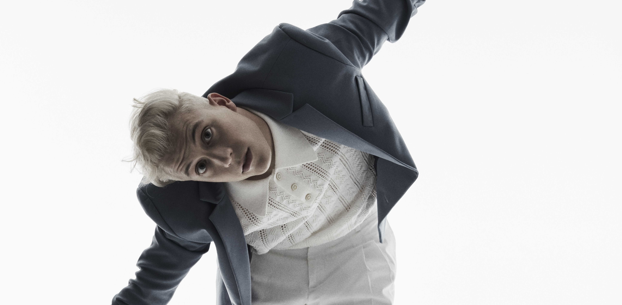 loic nottet mr mme clip bruxelles sillygomania